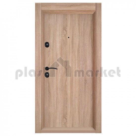 Блиндирана входна врата Т-902 с облицована каса