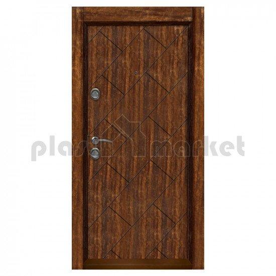 Блиндирана входна врата Т-904 с облицована каса