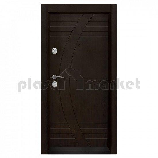 Блиндирана входна врата Т-909 с облицована каса